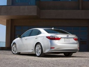 2013-Lexus-ES-300h-2_Pic 1_Article 4_ Pic 1